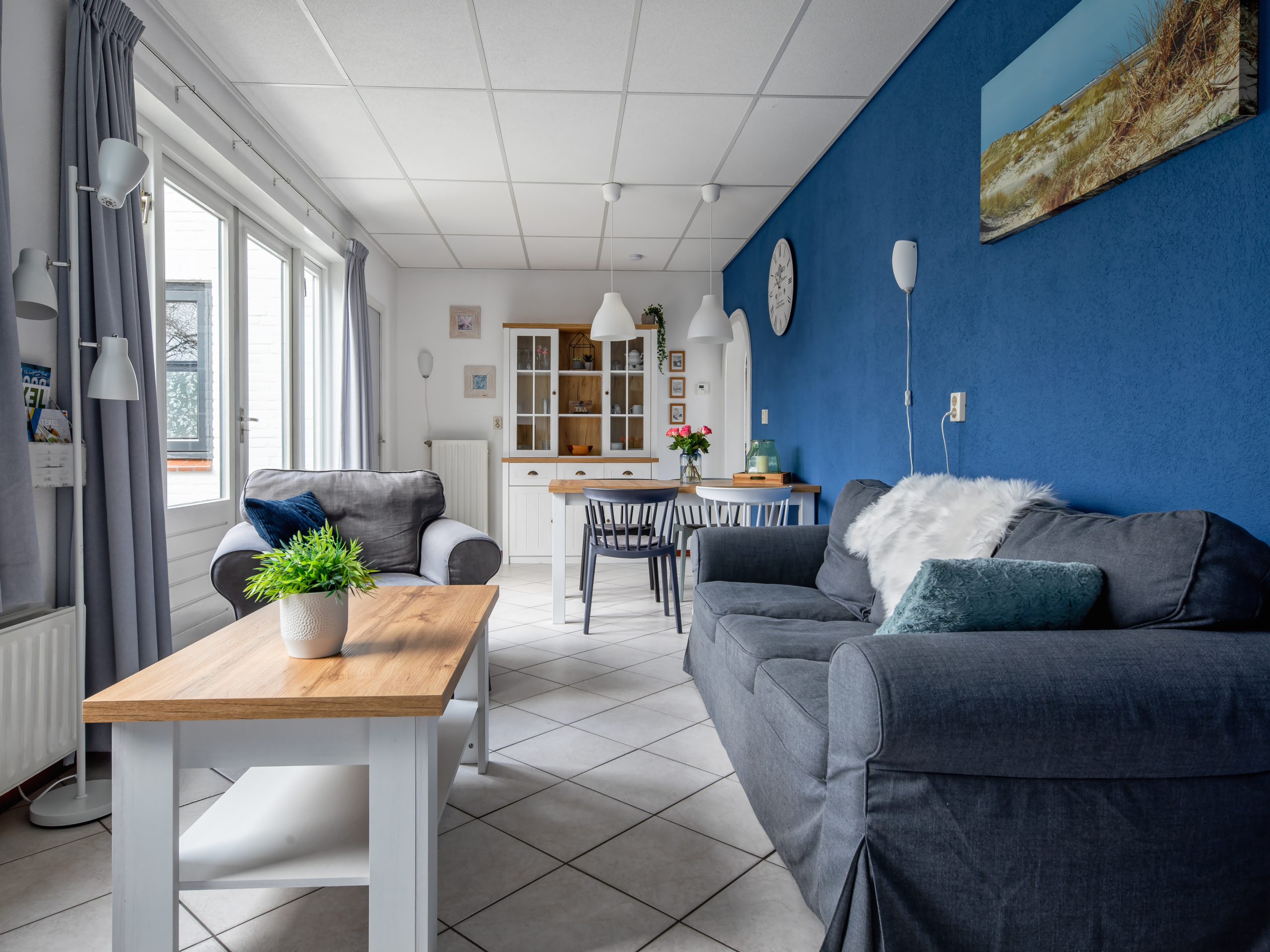 Lovely holiday home within walking distance of the North Sea beach and the center of De Koog