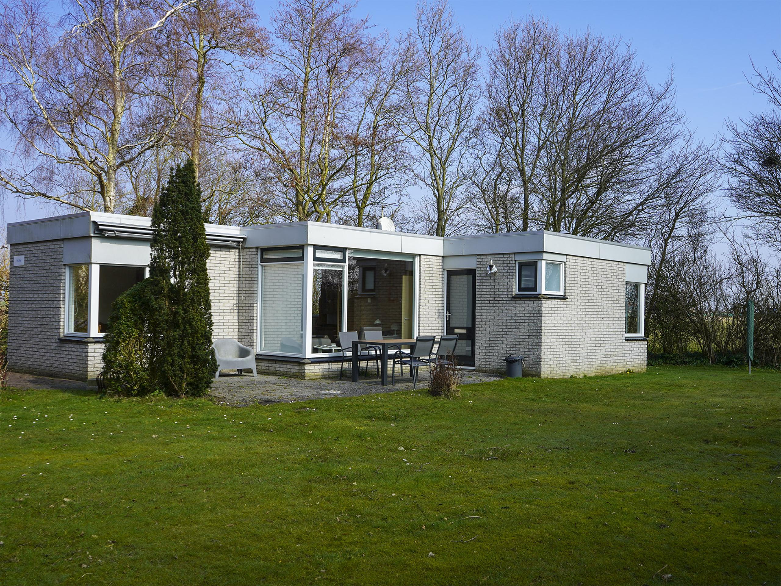 Genießen Sie Ihre Ruhe in einem freistehenden Bungalow auf der Ostseite von Texel
