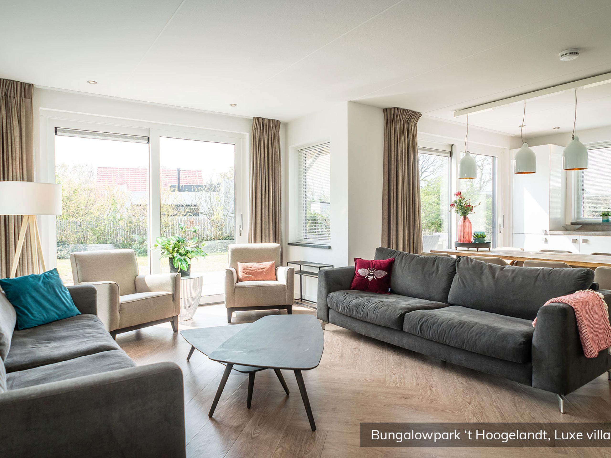 Enjoy the luxury villa in a quiet location near De Koog