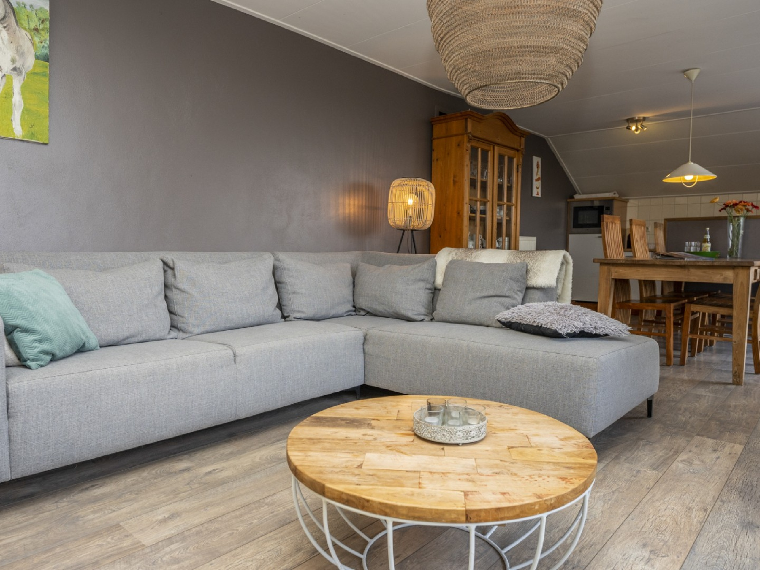 Enjoy the countryside at this cosy sunny apartment near Den Hoorn