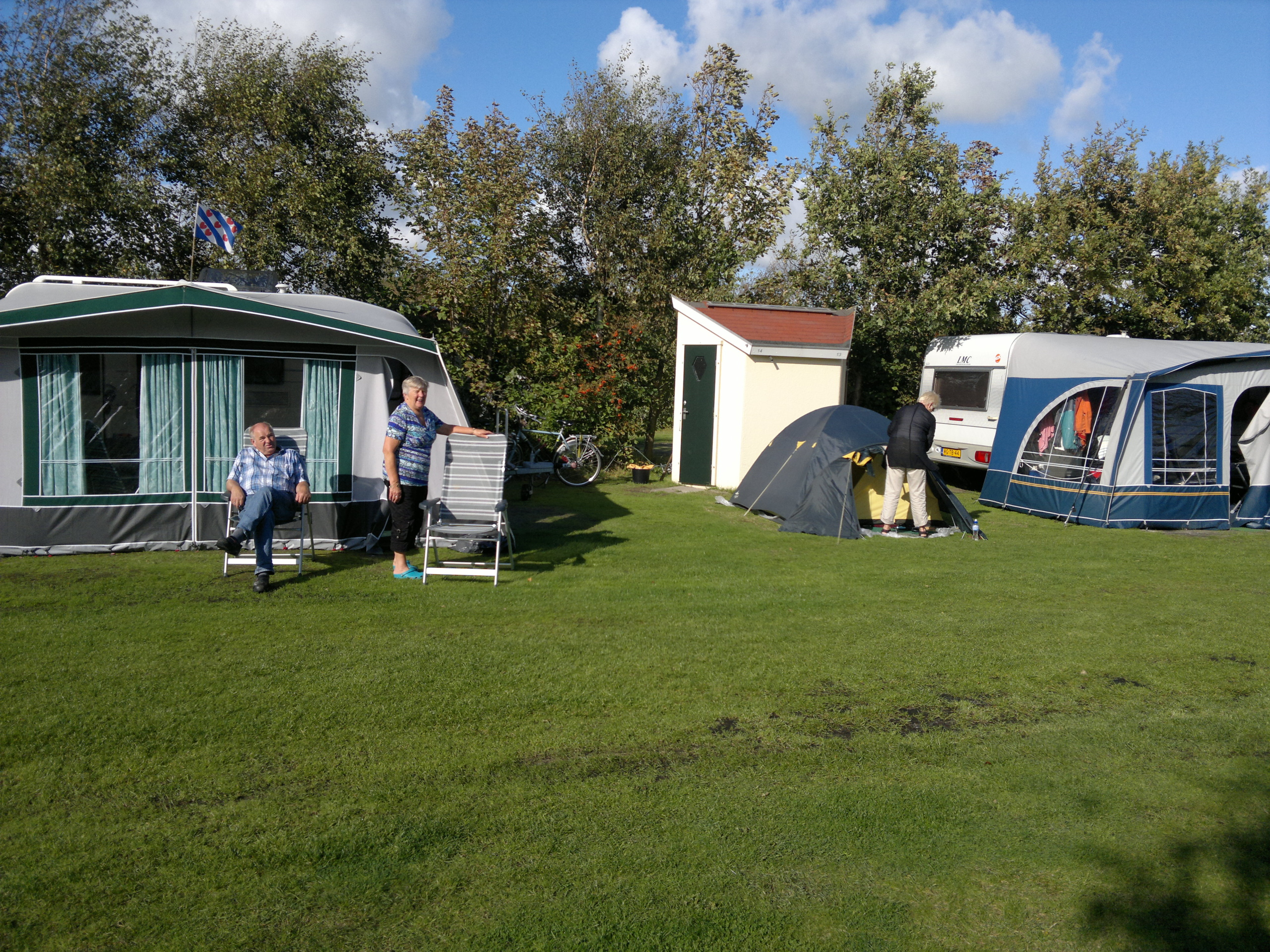 Camping in the middle of the nature of forest De Dennen with own sanitary unit for extra comfort