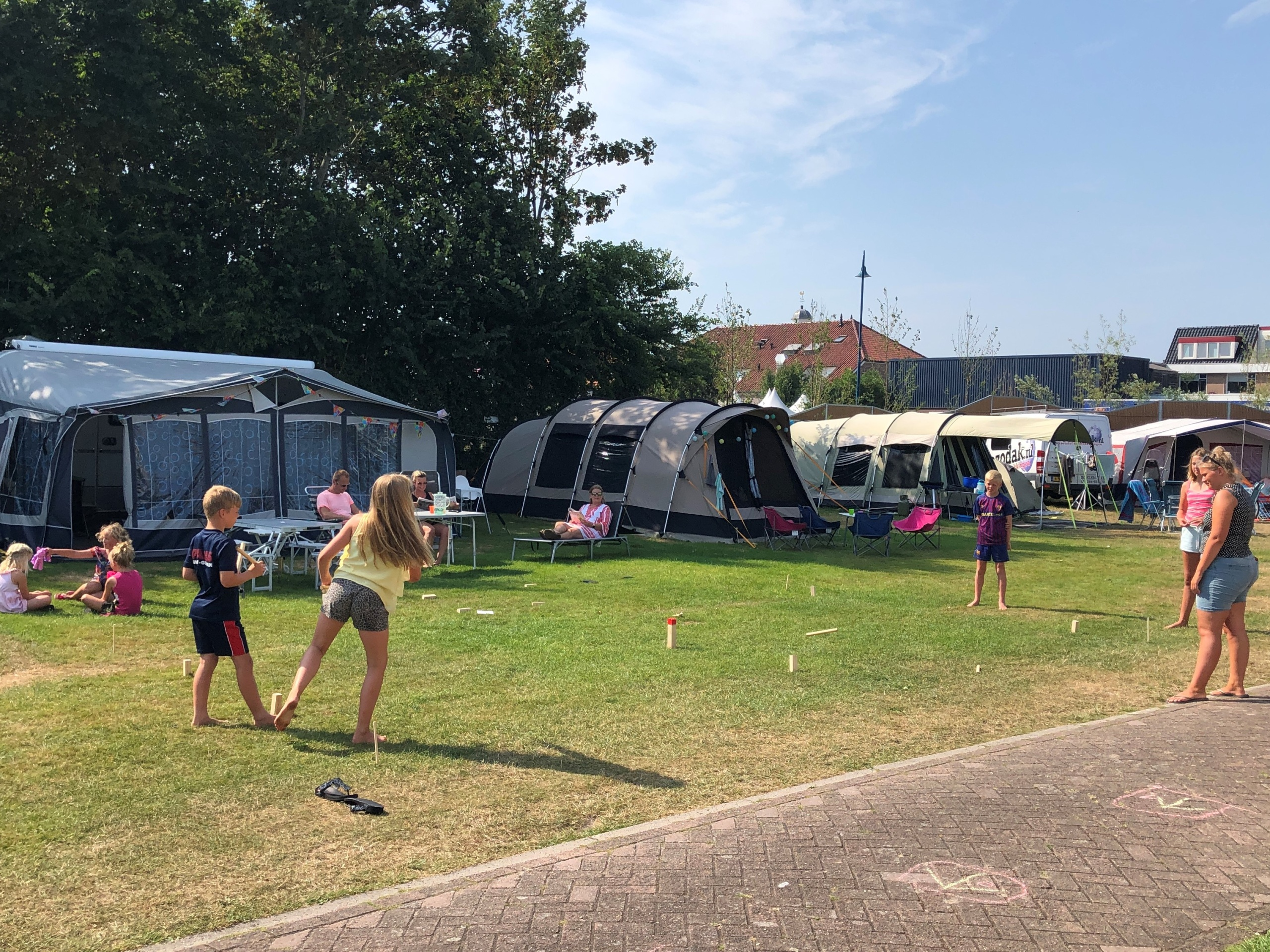 Lovely camping within walking distance of the center of De Koog.