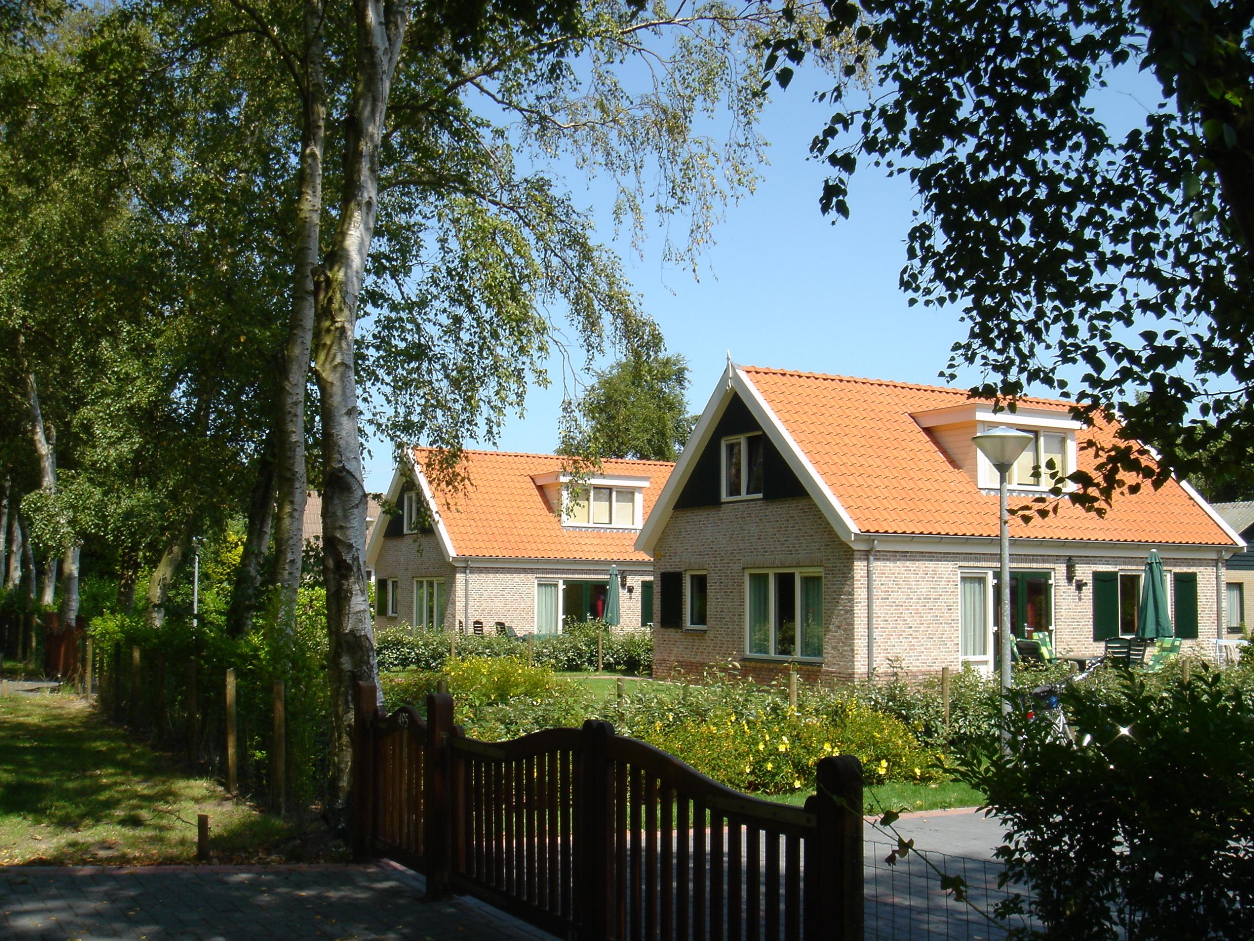 Modern vrijstaand vakantiehuis met whirlpool en sauna bij De Koog