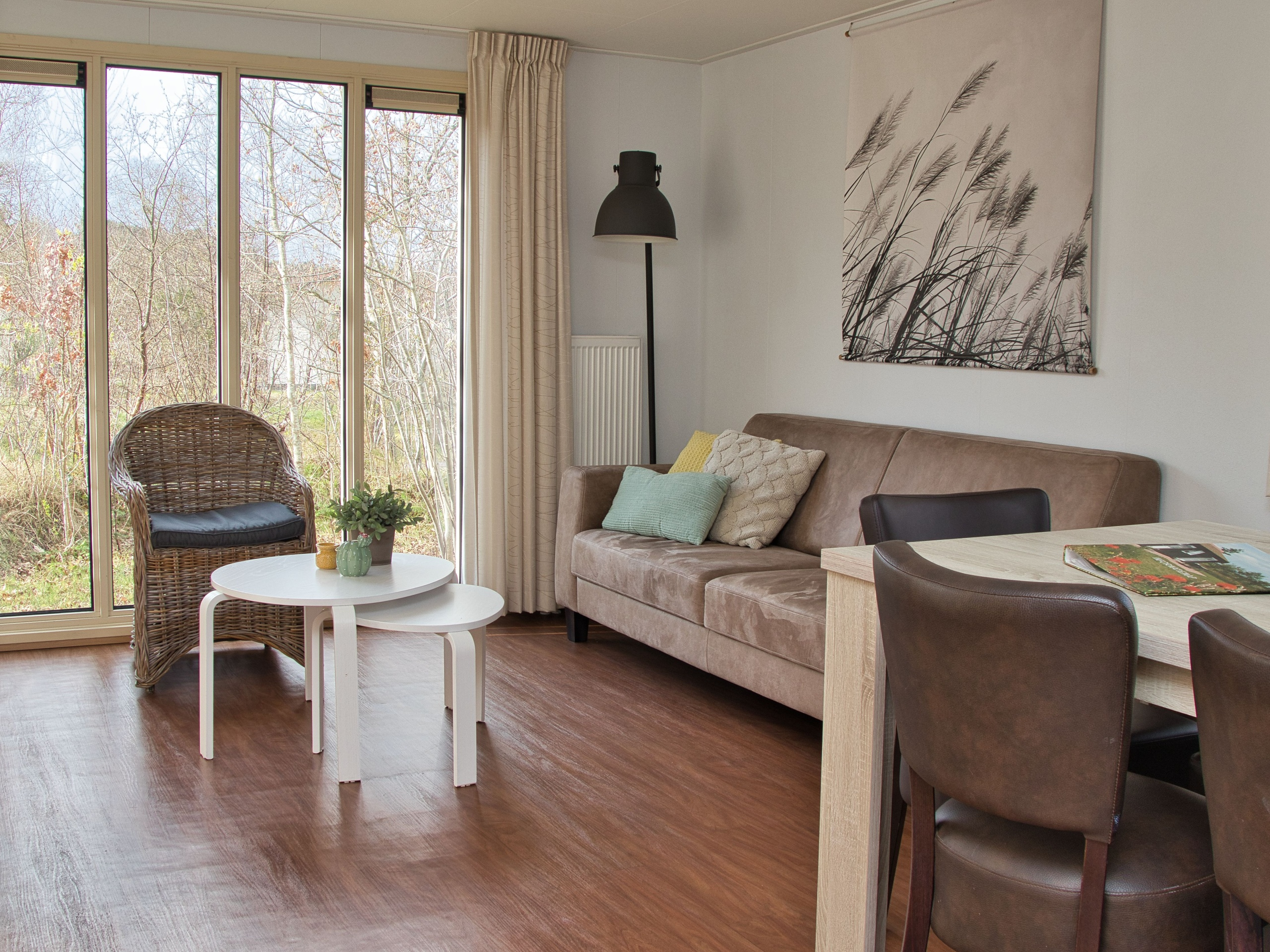 Comfortable chalet in a quiet location with a quiet and sunny garden near the forest, dunes and beach