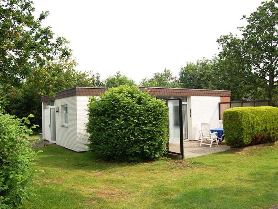 Mooie vrijstaande bungalow nabij bos met grote tuin